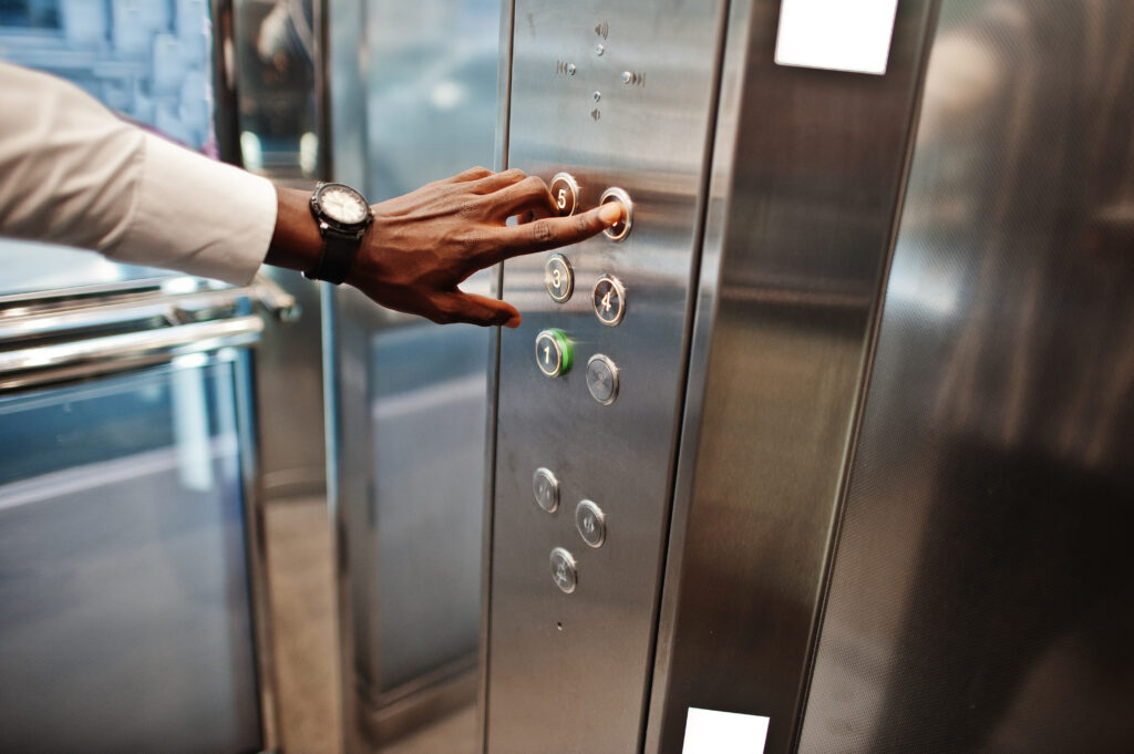 elevator contractor answering service